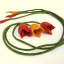nemez tulipán, Ékszer, óra, Bross, kitűző, Nemezelés, Varrás, Az ár egy szál tulipánra vonatkozik!  Nagyon finom, puha tapintású, színjátszós kis tulipánok, amik..., Meska