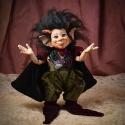 Ördög figura, fantasy porcelán testű baba: Lucifi, Otthon, lakberendezés, Képzőművészet , Mindenmás, Szobor, Baba-és bábkészítés, Kerámia, Halloween ha közeleg, a kis ördög se rest. Csibészesen mosolyog, S a szemed felragyog.  Lucifi ördög..., Meska