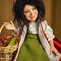 Limitált porcelánbaba, fantasy figura kabala - Piroska, Képzőművészet, Esküvő, Szobor, Nászajándék, Baba-és bábkészítés, Kerámia, Fantasy figura kabala - Piroska  Erdő mélyén házikó, ott lakik a Nagyanyó. Éhes farkas ólálkodik, m..., Meska