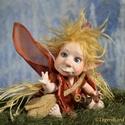 Totó kobold figura mozgatható porcelánbaba kabala porcelán figura - baby kobold, Dekoráció, Otthon, lakberendezés, Képzőművészet, Dísz, Baba-és bábkészítés, Kerámia, Totó - baby kobold  Íme a kedvenc: Totóka, ki egy édes koboldka. Minden búdat elrabolva, szállna le..., Meska