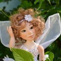 Fleur virágtündér ara tündér menyasszony mozgatható porcelán baba porcelánbaba porcelán figura, Képzőművészet, Esküvő, Otthon, lakberendezés, Nászajándék, Baba-és bábkészítés, Kerámia, Fleur virágtündér ara - mozgatható porcelán figura, porcelánbaba  Fehér szirmokon játszik a Nap sug..., Meska