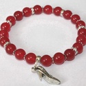Igazi nőknek - karkötő vörös jade gyöngyökből, Ékszer, óra, Karkötő, Ékszerkészítés, A karkötő 8 mm-s vörös jade ásványgyöngyökből, strasszos köztesekből és apró fém köztesekből készül..., Meska