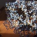 """Világoskék gyöngyfa """"aranyvirágokkal"""", Dekoráció, Otthon, lakberendezés, Dísz, Kaspó, virágtartó, váza, korsó, cserép, Gyöngyfűzés, Ezúttal egy nagyobb fa készült. Edénnyel együtt 28 cm magas, háromféle kék lombbal készítettem és """"..., Meska"""