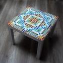 Fehér mozaik asztal, Bútor, Képzőművészet, Otthon, lakberendezés, Asztal, Mozaik, Egy egyszerű kisasztalt díszítettem színes mozaikkal. Így már nem egyszerű. :-) Beltérben használan..., Meska