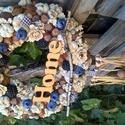 """őszi kopogtató , Dekoráció, Otthon, lakberendezés, Dísz, Ünnepi dekoráció, Virágkötés, A 25 cm-es kopogtatót dúsan borítják termések és kerámia gyümölcsök.Fa felirattal és mogyorós """"lógó..., Meska"""