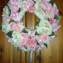 Vintage rózsa koszorú, Esküvő, Otthon, lakberendezés, Dekoráció, Esküvői dekoráció, Virágkötés, Hatalmas rózsa koszorú a vintage, shabby chic szerelmeseinek. Akár egy csodálatos kopogtatót, akár ..., Meska