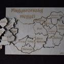 Magyarország megyéi kirakó, Játék, Készségfejlesztő játék, Fajáték, Famegmunkálás, Kézi rajzolást követően szerkesztőprogramban gravírozhatóvá és vághatóvá tettük a vonalakat, melyek..., Meska