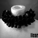licorice extreme orchidea nyakék, Ékszer, óra, Ruha, divat, cipő, Nyaklánc, Ékszerkészítés, Újrahasznosított alapanyagból készült termékek, Egyedi kézzel készült nyaklánc. Anyaga újrahasznosított kerékpárgumi belső. Az ékszeren lévő gyöngy..., Meska