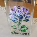 Kékes árnyalatú virágos üvegváza, Otthon, lakberendezés, Dekoráció, Kaspó, virágtartó, váza, korsó, cserép, Ünnepi dekoráció, Üvegművészet, Festett tárgyak, Az üveg váza 10cmx8cmx18cm méretű. Üvegfestéssel készítettem. A színek keverésével márványos hatást..., Meska