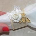 """""""Arany karika"""" esküvői szalvétagyűrű és köszönő ajándék egyben, Esküvő, Esküvői dekoráció, Meghívó, ültetőkártya, köszönőajándék, Varrás, Virágkötés, A szalvétagyűrű alapja filc amelyre szatén szalagot varrtam, össze ragasztottam, és a ragasztásra c..., Meska"""