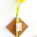 Fiola váza, Dekoráció, Otthon, lakberendezés, Dísz, Kaspó, virágtartó, váza, korsó, cserép, Bőrművesség, Üvegművészet, Újraértelmeztük a váza fogalmát és felakasztottuk a falra. Miért ne dekorálhatnák a szálas virágain..., Meska