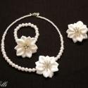 Fehér virág esküvői ékszerszett - RENDELHETŐ!, Esküvő, Esküvői ékszer, Virágkötés, Csak akkor tudod megvásárolni, ha a belső üzenetben megrendelted nálam!  Ekrü színben is rendelhető..., Meska