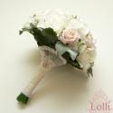 Beauty garden - ekrü - rózsaszín menyasszonyicsokor - Rendelhető!, Esküvő, Esküvői csokor, Virágkötés, Garden stílusú nyitott száras menyasszonyi csokor ekrü selyemrózsákból, halvány rózsaszín habrózsák..., Meska