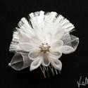 Flowerprincess menyasszonyi fejdísz, Esküvő, Ruha, divat, cipő, Hajdísz, ruhadísz, Hajbavaló, Saját készítésű organza szirmokból készítettem ezt a különleges virágforma  fejdíszt, amit egy éköve..., Meska
