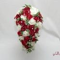 Magyaros kaszkád csokor - Rendelhető!, Esküvő, Esküvői csokor, Ezt a csokrot vörös, és fehér habrózsákból valamint vörös selyemrózsákból kötöttem íveltre, fehér te..., Meska