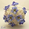 Dreamblue menyasszonyi csokor rendelhető!, Esküvő, Esküvői csokor, Virágkötés, Fehér, habrózsákból  és különleges álomkék szarkaláb fejekből kötöm ezt a menyasszonyi csokrot,  ha..., Meska