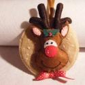 Rudi a rénszarvas, Baba-mama-gyerek, Dekoráció, Karácsonyi, adventi apróságok, Ünnepi dekoráció, Varrás, Népi játék és hangszerkészítés, Filcből készítettem, karikára rögzítette karácsony fontos szereplőjét Rudit a rénszarvast. Selyem s..., Meska