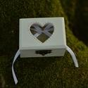 Esküvői ékszertartó doboz, Esküvő, Mindenmás, Gyűrűpárna, Esküvői dekoráció, Festészet, Mindenmás, Ha nem szeretnéd az esküvődön az unalmas gyűrűpárnát választani, jó helyen jársz :)  Egyedi, másik ..., Meska