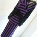Lila fekete  art deco stílusú  együttes, Ruha, divat, cipő, Női ruha, Szoknya, Felsőrész, póló, Varrás,  A csíkok  irányának variálása adja  a különlegességét  ennek az elasztikus kötött jerseyből készül..., Meska