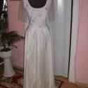 Menyasszonyi, alkalmi ruha, táncruha, elegáns., Esküvő, Ruha, divat, cipő, Esküvői ruha, Menyasszonyi ruha, Varrás, Nagyon elegáns menyasszonyi, alkalmi, báli, táncruha. A szoknya anyaga ekrü taft, db: 76 cm, szh: 1..., Meska
