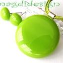 Zöld villanás üvegékszer szett, nyaklánc, fülbevaló, Ékszer, óra, Fülbevaló, Ékszerszett, Medál, Ékszerkészítés, Üvegművészet, Fű zöld üveg felhasználásával készült a nyaklánc és a fülbevaló, olvasztásos technikával. A medál á..., Meska