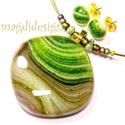 Moha és páfrány harmóniája üvegékszer szett, nyaklánc, fülbevaló, Ékszer, óra, Medál, Fülbevaló, Ékszerszett, Ékszerkészítés, Üvegművészet, Csodás színek, fények, csillogás jellemzi a medált és a fülbevalót, mely tökéletes kiegészítője leh..., Meska
