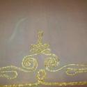 Aranyzsinóros stóla, Ruha, divat, cipő, Női ruha, Varrás, Fehér muszlinra kétféle aranyzsinórból készítettem el a motívumokat. Méret:220x70 cm., Meska