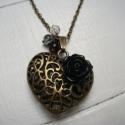 Bronzszínű szives nyaklánc rózsával, Ékszer, óra, Nyaklánc, , Meska