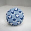 Textilgombból készült ékszer szett kék szívecske mintás , Ékszer, óra, Ékszerszett, Gyűrű, Nyaklánc, Ékszerkészítés, Egyszerű, kedves, elegáns viselet. A nyaklánc kb. 56 cm hosszú, antikolt ezüstszínű lánc, T kapoccs..., Meska