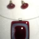 Üvegékszer, Ékszer, óra, Ékszerszett, Piros-rózsaszín üveg összeolvasztásával készült szett. Medál mérete 3,5x3, füli 1cm., Meska