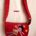 Angyalkás kis táska, Táska, Válltáska, oldaltáska, Angyalkás kis táska kordbársonyból. Belseje bélelt, kis zsebbel. Mérete: 19x20, pántja állítható, ma..., Meska