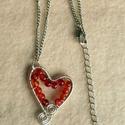 Karneol szív, Ékszer, óra, Nyaklánc, Drótos karneol medál. Mérete: 3x3,5 cm., Meska