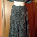 Mintás szövetnadrág, Ruha, divat, cipő, Női ruha, Nadrág, Varrás, Ez a nadrág ugyanabból a mintás sötétszürke szövetből készült, mint az előtte lévő mini-pelerin, egy..., Meska