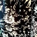 Fekete bézs virágos húzott blúz, Ruha, divat, cipő, Női ruha, Blúz, Felsőrész, póló, Varrás, Gyönyörű virágmintás anyagból készült húzott nyakú blúz. Nagyon szeretem ezt a szabást, nagyon előn..., Meska