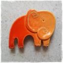 Elefánt mágnes, Konyhafelszerelés, Dekoráció, Hűtőmágnes, Kerámia, Vidám, egyedi, kézzel készült hűtőmágnes (nem csak hűtőre). Különböző színekben, mintákban és motív..., Meska