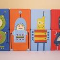 Robot kockák, Dekoráció, Baba-mama-gyerek, Játék, Fajáték, Famegmunkálás, Festett tárgyak, Jópofa robotokkal díszített kockák,a Meseváros kollekciójából! A kisfiúk kedvencei lehetnek,játékon..., Meska