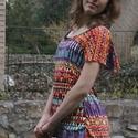 Geometrikus póló, Ruha, divat, cipő, Női ruha, Felsőrész, póló, Varrás, Fodros rövidujjú póló.  Elegáns, vidám, laza, könnyű viselet.  Van készleten, de készülhet méretmeg..., Meska