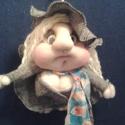 """Prűd kisasszony manóbaba """"Melory"""", Baba-mama-gyerek, Dekoráció, Képzőművészet , Textil, Baba-és bábkészítés, Varrás, Prűd kisasszony névre hallgat ez a tündéri kalapos manóbaba:)  méretei hosszában kb. 26 cm  Egyedi,..., Meska"""