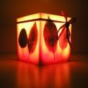 Őszi leveles viaszlámpás, Otthon, lakberendezés, Gyertya, mécses, gyertyatartó, Gyertya-, mécseskészítés, Viaszból öntött, levelekkel díszített lámpás, mely kellemes, meleg fénnyel világítja be otthonod.  ..., Meska