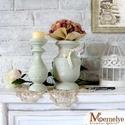 Country zöld garnitúra - váza és gyertyatartó, Otthon, lakberendezés, Gyertya, mécses, gyertyatartó, Kaspó, virágtartó, váza, korsó, cserép, Festett tárgyak, A szett egy gyertyatartóból és egy vázából áll. A garnitúra minden tagját kellemes pasztellzöldre f..., Meska
