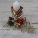 Karácsonyi asztaldísz, arany, fenyőfás, poharas, Karácsonyi, adventi apróságok, Dekoráció, Karácsonyi dekoráció, Ünnepi dekoráció, Virágkötés, Arany-piros színvilágú karácsonyi asztaldísz gyertyával.  Egyedi dekoráció, mely nagyszerű kiegészí..., Meska