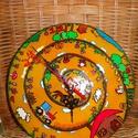 Vidéki forgatag - meseóra, Baba-mama-gyerek, Otthon, lakberendezés, Gyerekszoba, Falióra, Festett tárgyak, Üvegművészet, A vidéki élet jellegzetességeit megjelenítő vidám órát, meseórát üveglapra festettem.  Élénk színei..., Meska
