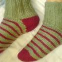 Férfi zokni, 39-40-es méret, Ruha, divat, cipő, Férfi ruha, Kötés, Kényelmes, kellemes viseletű férfi zokni, otthoni használatra a fázósabb napokra. 25 cm hosszú. Több..., Meska