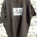 """Bicikli - sötétbarna rövid ujjú fiú póló , Férfiaknak, Ruha, divat, cipő, Férfi ruha, Fotó, grafika, rajz, illusztráció, Varrás, A póló 100% pamutból készült és """"XL"""" méretű,hossza 65cm,szélessége 62cm.A minta kézi szitanyomással..., Meska"""