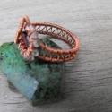 Gránát-hegyikristály antik réz, Ékszer, óra, Gyűrű, Vörösrézből tekerésztem ezt a mutatós kis gyűrűt. A közeepére egy fazattás gránát márk..., Meska