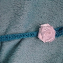 Türkiz babafejpánt szatén rózsával, Baba-mama-gyerek, Ruha, divat, cipő, Hajbavaló, Hajpánt, Horgolás, Varrás, Pamut fonalból horgoltam fejpántot,ami szaténból készült rózsámmal és gyöngyökkel díszítettem. Kivá..., Meska