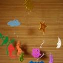 Tarka égbolt - pillekönnyű babaforgó égi motívumokkal, Baba-mama-gyerek, Dekoráció, Mindenmás, Otthon, lakberendezés, Papírművészet, Mindenmás, Nap, felhő, csillag, hold, bagoly, denevér, szitakötő, lepke, kismadár, méhecske és papírsárkány ke..., Meska