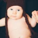Horgolt macifüles sapka barna színben pelusvédővel, Ruha, divat, cipő, Baba-mama-gyerek, Kendő, sál, sapka, kesztyű, Sapka, Horgolás, Horgolt mackófüles sapka és pelusvédő pöttöm  mackóknak:) A képen látható sapka 3-6 hónapos baba fej..., Meska