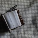 Kis könyv medál, Ékszer, óra, Mindenmás, Medál, Kulcstartó, Varrás, Mindenmás, Bőrből készült kis könyv, a Harry Potter-ből a Szörnyek Szörnyű Könyve ihlette. Medálnak, kulcstart..., Meska