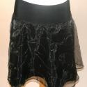 AKCIÓ!!!! Fekete-arany alkalmi körszöknya 40/42, Ruha, divat, cipő, Női ruha, Szoknya, Varrás, AKCIÓ!!! 6.100 FT HELYETT 4.500 FT  Gyönyörű fekete, aranyhímzéses alkalmi organza anyagból készült ..., Meska